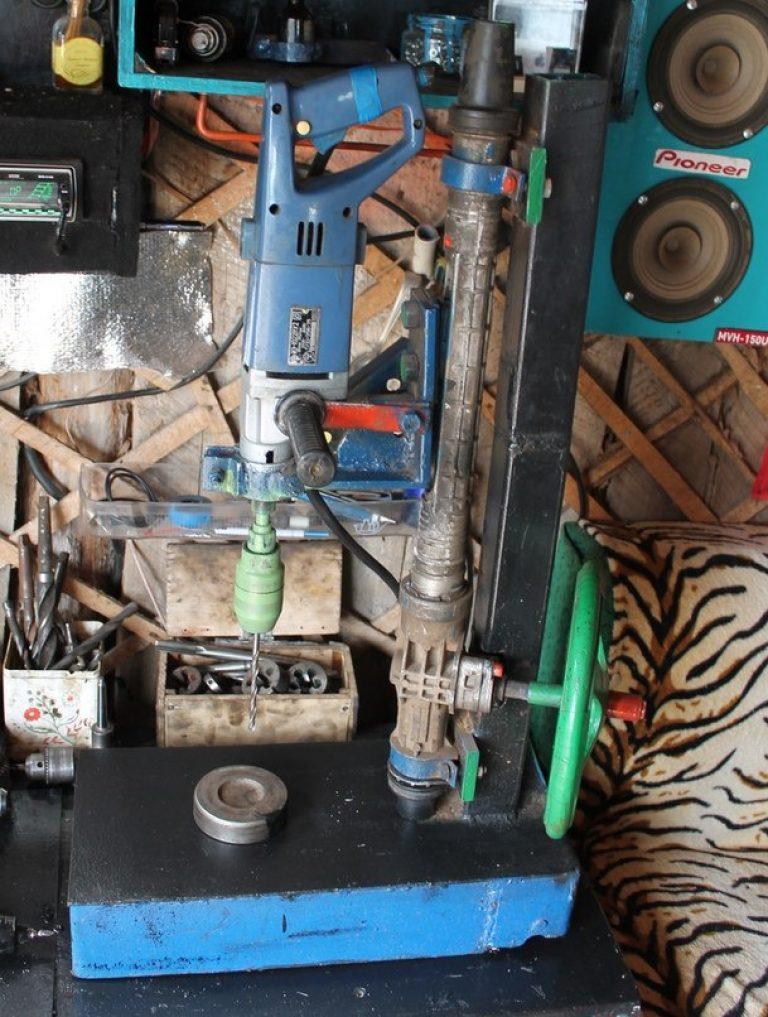 Сверлильный станок своими руками из рулевой рейки чертежи