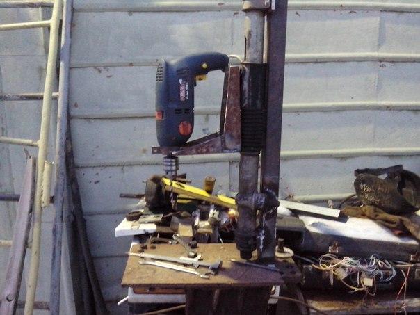 Самодельный сверлильный станок из рулевой рейки