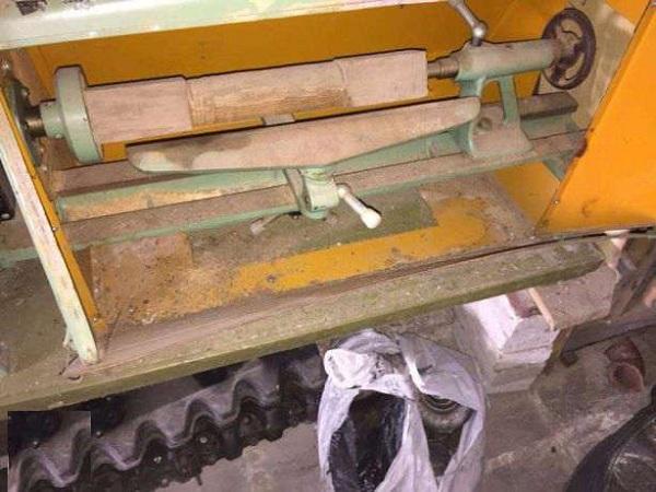 Обточка деревянной заготовки на станке СТД 120м