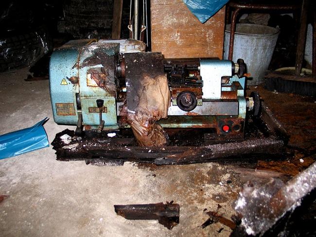 Потеря работоспособности станка может произойти из-за плохих условий его хранения