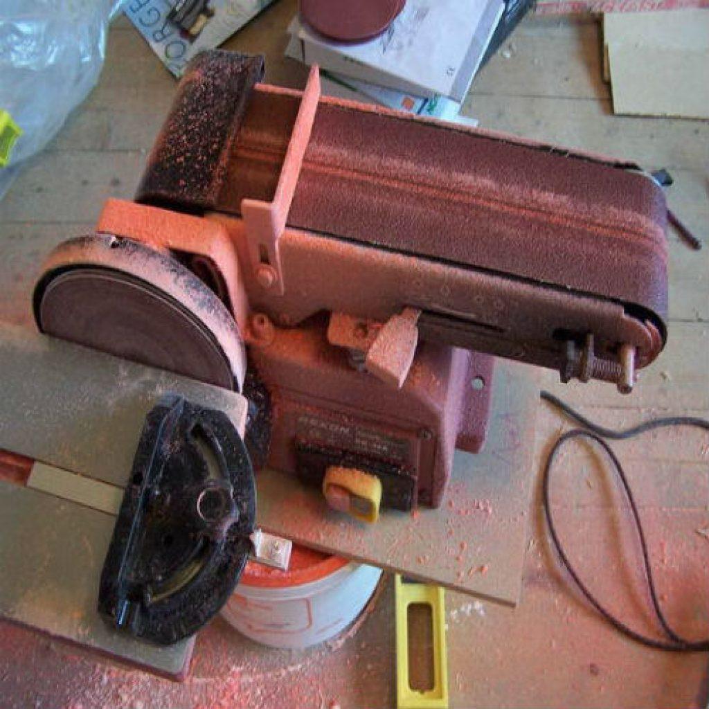 Как сделать ленточный шлифовальный станок 546