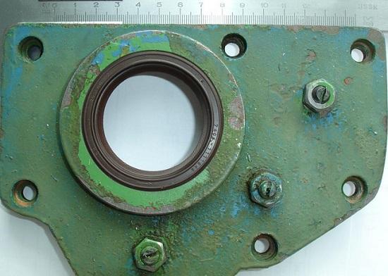 Передняя крышка токаного станка с сальником