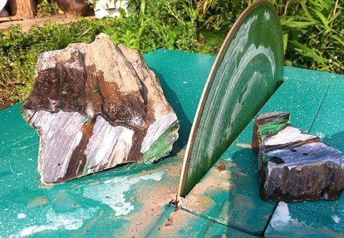 Порезка камня на самодельном камнерезном станке