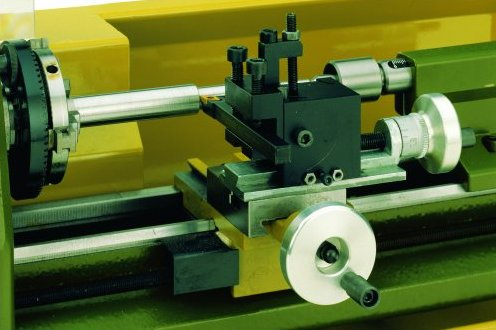 Суппорт токарного станка предназначен для закрепления и перемещения режущего инструмента