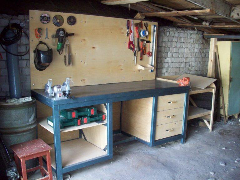Сделать верстак в гараже